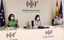 Silvia Calzón, Carolina Darias y Fernando Simón, durante el Consejo Interterritorial (Foto: Pool Moncloa / Fernando Calvo)