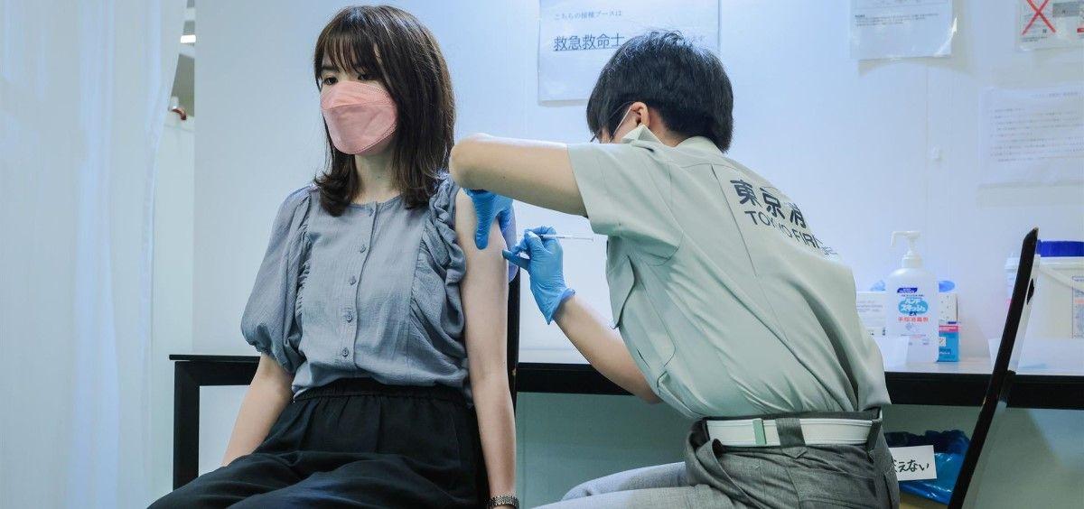 Vacunación Covid 19 en Tokio, Japón. (Foto.  Stanislav Kogiku. SOPA Images via. DPA. EP)