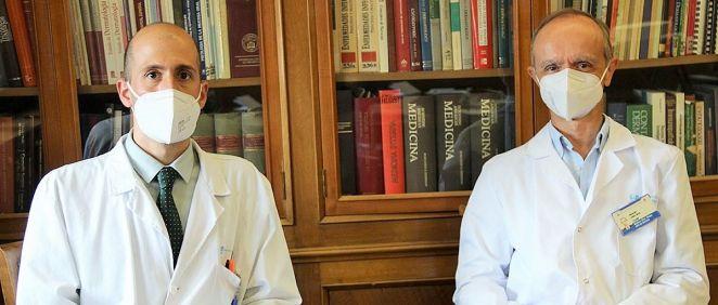 Álvaro Iglesias Puzasel  y Eduardo López Bran (Foto. Clínico San Carlos)