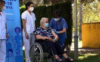 Comienzan a inocular dosis adicionales en residencias de Cataluña. (Foto. Europa Press)