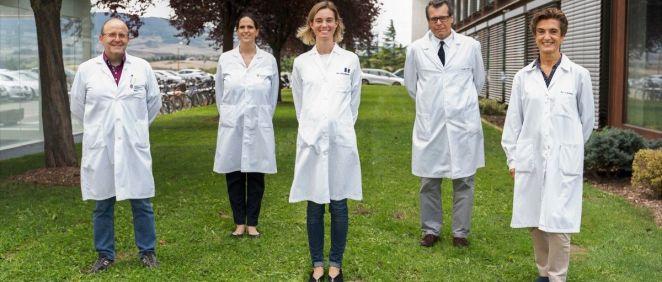Los Dres. Jesús Urman, María Rullán, María Arechederra, Matías Ávila y Carmen Berasain, investigadores del Cima Universidad de Navarra y del Complejo Hospitalario de Navarra. (Foto. CIBER)