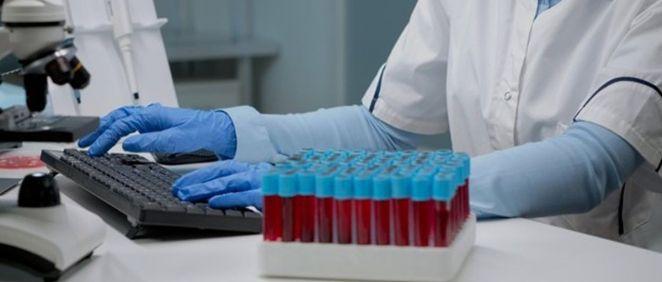 Muestras de sangre en un laboratorio (Foto. Freepik)