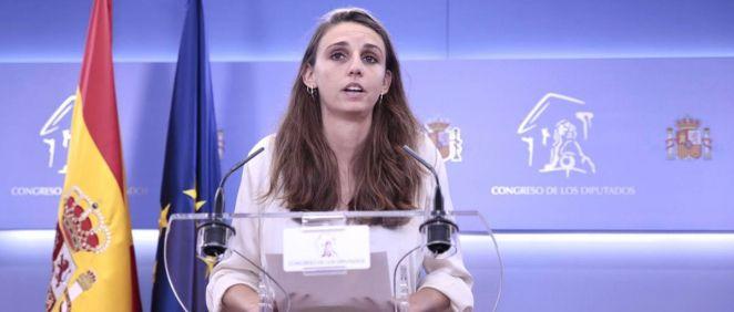 Lucía Dalda, diputada de Unidas Podemos, en rueda de prensa en el Congreso (Foto: Irene Lingua)