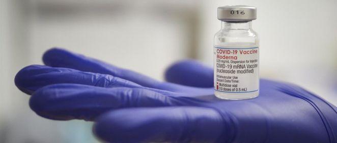 Un estudio refleja que la vacuna Moderna contra la Covid 19 mantiene su eficacia cinco meses después de la segunda dosis (Foto. EP)