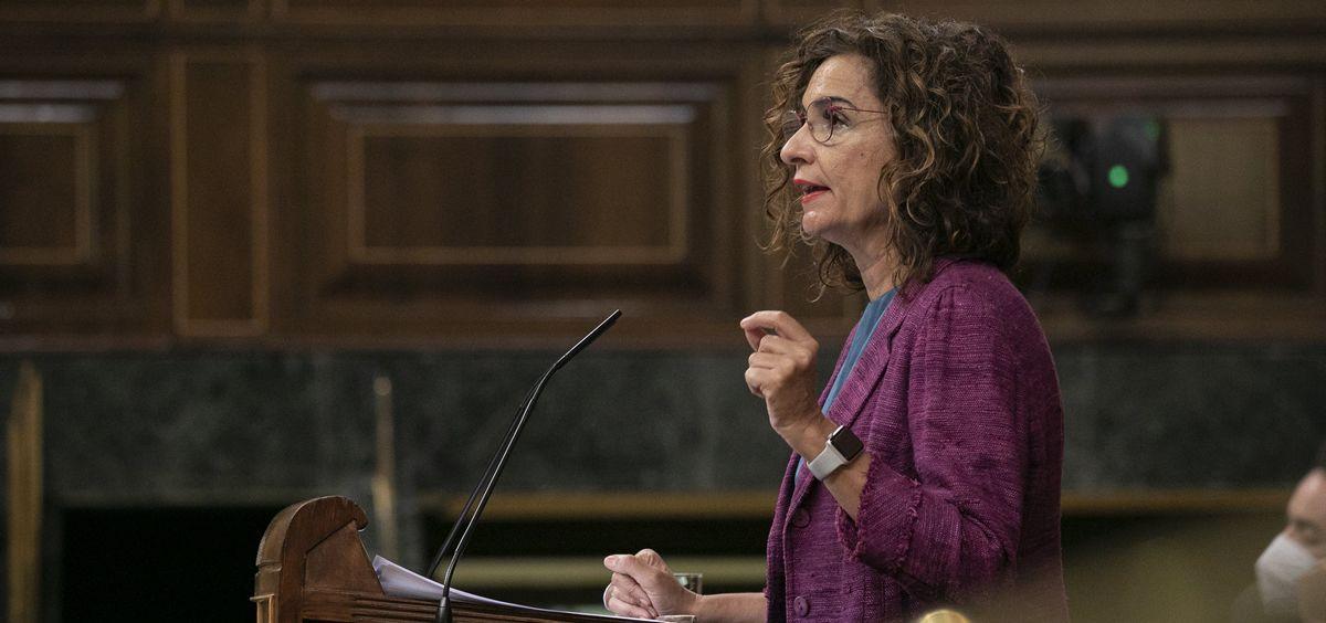 María Jesús Montero, ministra de Hacienda, interviniendo en el Congreso (Foto: Congreso)