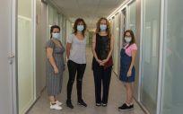 Lorena Vigón, Elena Mateos, Maite Coiras y María Rosa López Huertas, de la Unidad de Inmunopatología del Sida. (Foto. Ricardo Santamaría ISCIII).