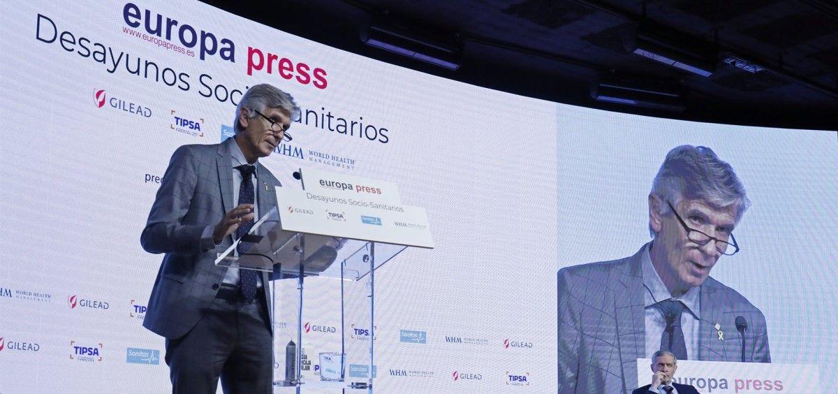 El consejero de salud catalán, Josep Maria Argimon, interviene en uno de los Desayunos Socio Sanitarios de Europa Press. (Foto. Cézaro De Luca. EP)