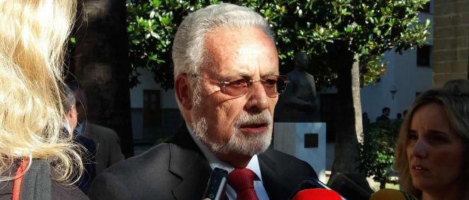 El Defensor del Pueblo Andaluz, Jesús Maeztu, en el Parlamento andaluz (Foto: EP)