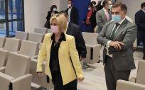 La Consejera de Sanidad de Castilla y León, Verónica Casado, en su visita al Hospital de Salamanca (Foto: EP)