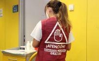 Un estudio del Hospital Clínico San Carlos avala el uso de chalecos identificativos en la preparación de medicación (Foto: Comunidad de Madrid)