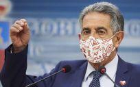 El presidente de Cantabria, Miguel Ángel Revilla, en una comparecencia (Foto: Juan Manuel Serrano Arce/EP)