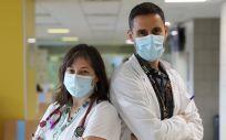 Neus Robert y Cristian Morales (Foto: Hospital Germans Trias)