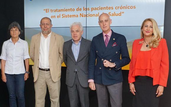 De izq. a dcha.: Amparo Botejara, Francisco Igea, Jesús María Fernández, Jose Antonio Urrialde e Isabel Cabezas.