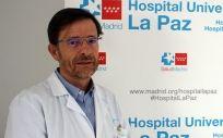 José Ramón Arribas, coordinador de la Unidad de Aislamiento de Alto Nivel del Hospital Universitario La Paz-Carlos III, es el principal autor del artículo publicado.