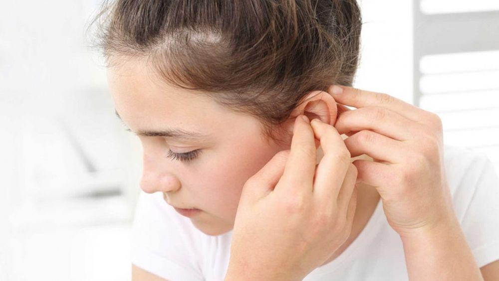 La escasez de higiene, causa principal de la aparición de tapones en el oído