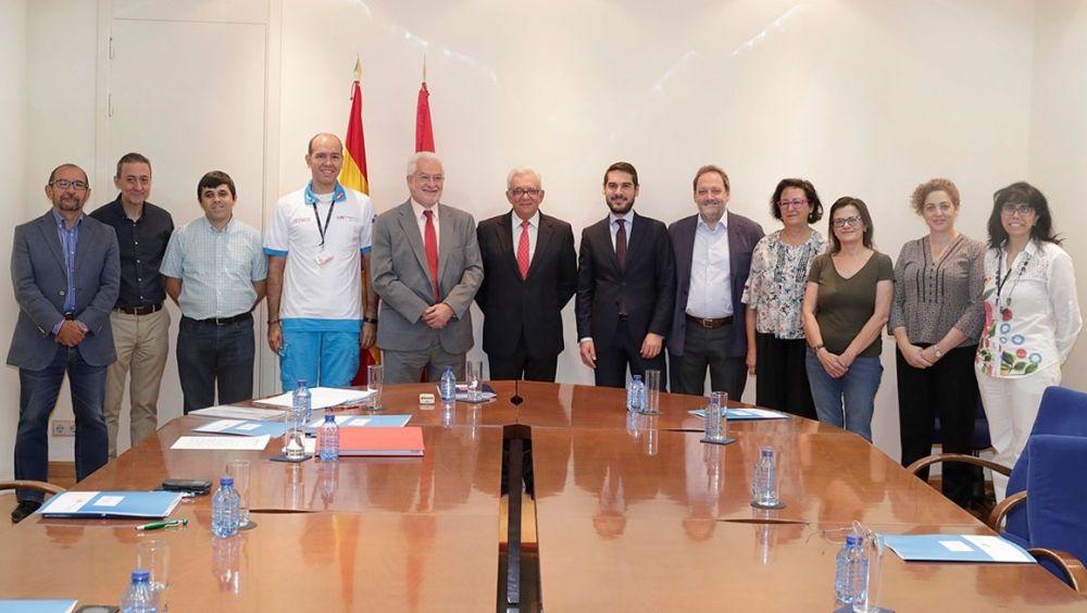 Madrid crea una comisión contra conflictos entre ciudadanos y trabajadores públicos