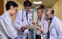 Cinco autonomías siguen sin reactivar la carrera profesional de los sanitarios