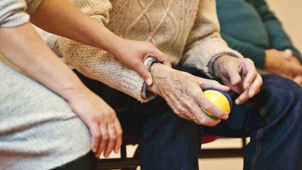 """Identifican una molécula """"multipotente"""" con potencial terapéutico para el alzhéimer"""