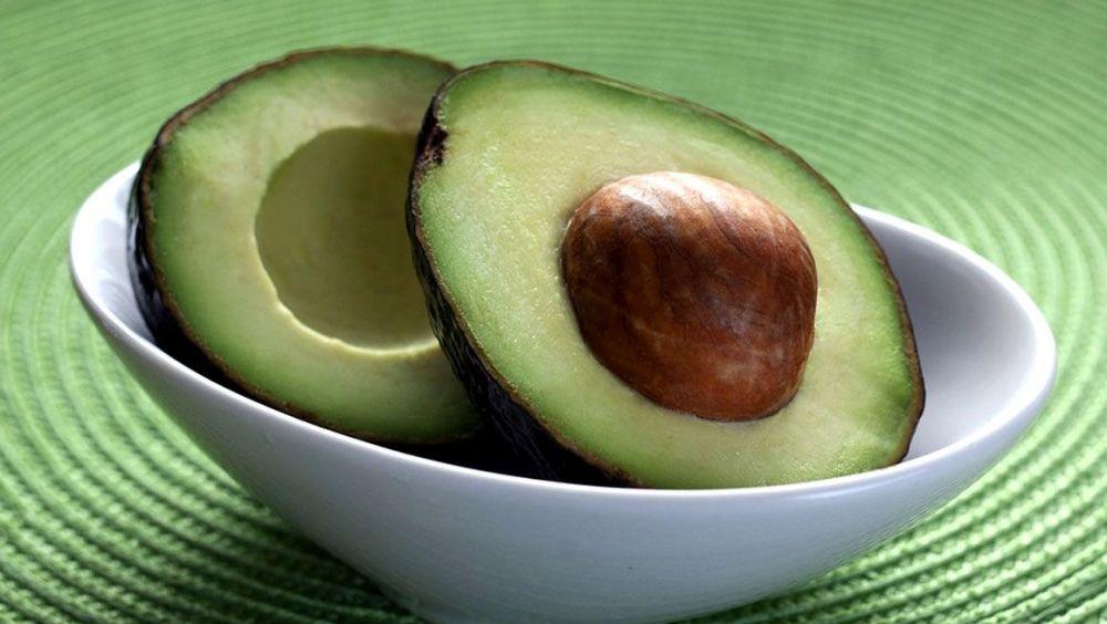 La cáscara de la semilla del aguacate podría utilizarse para tratar el cáncer