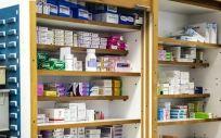 Petición para homogeneizar las cajas de fármacos: principio activo sobre fondo blanco