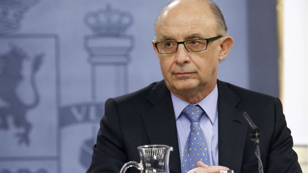 El ministro de Hacienda, Cristóbal Montoro, ha anunciado el retraso en la aprobación de los presupuestos de 2018
