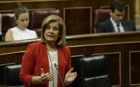 La ministra de empleo, Fátima Báñez, defiende que España lidera la creación de empleo a tiempo completo en Europa.