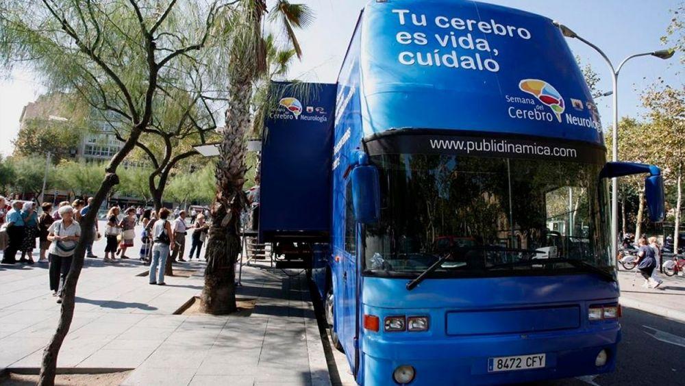 El autobús de la Semana del Cerebro en una edición anterior