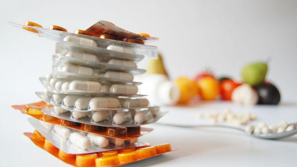 Los servicios de Farmacia recordarán a los pacientes la importancia de seguir las pautas en su tratamiento