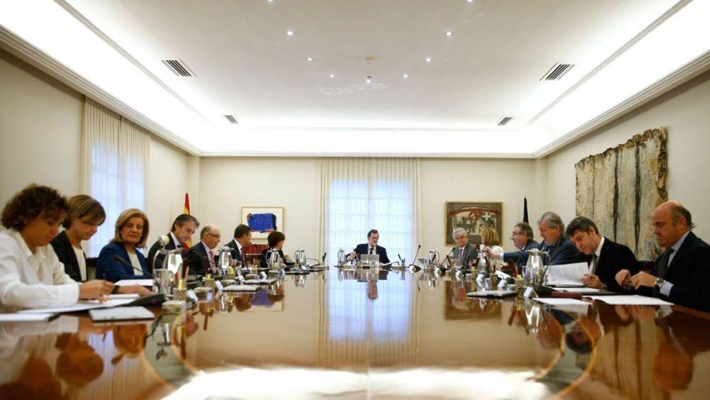 Reunión del presidente del Gobierno con los ministros esta mañana.