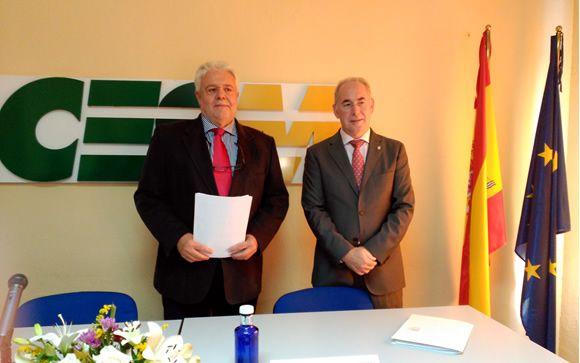 El presidente del CESM, ALbert Tomàs (izquierda) y el secretario general de la organización sindical, Francisco Miralles (derecha), en rueda de prensa.