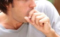 La tos, cuando dura más de ocho semanas se convierte en crónica.