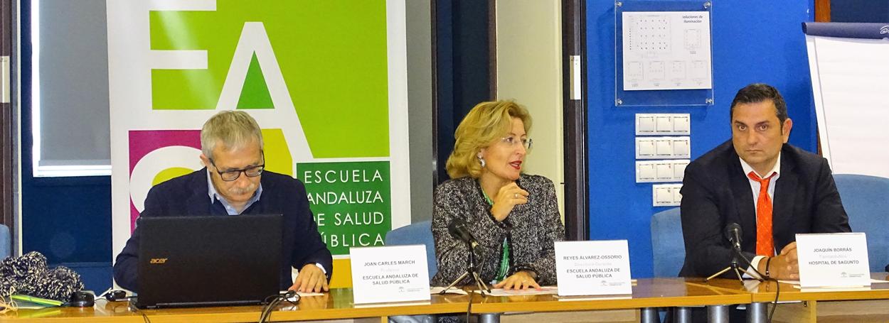 Inauguración de la jornada, de izquierda a derecha Joan Carles March, Reyes Álvarez-Ossorio y el doctor Joaquín Borrás.