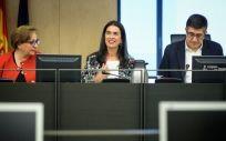 Parte de la mesa que preside la Comisión de Sanidad en el Congreso, con Patxi López como presidente.