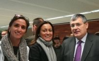 Ana Ferrer (INCLIVA), Amelia Martín Uranga (Farmaindustria), Ricard Martínez (Universidad de Valencia) y Josep Redón (INCLIVA).