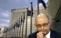El ministro de Hacienda, Cristóbal Montoro, recibe la aprobación de la Comisión Europea.