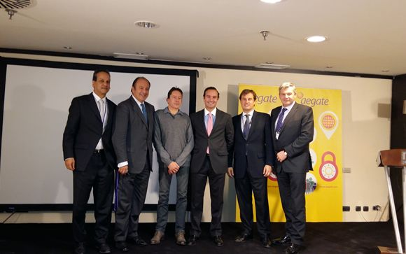 De izq. a drcha.: Anthony Vonsee, Mark De Simone, Jan Saevels, Luis de Palacio, Ignacio Huergo y Graham Smith