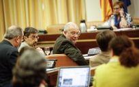 En el centro de la imagen, Francisco Igea, durante una anterior Comisión de Sanidad en el Congreso.