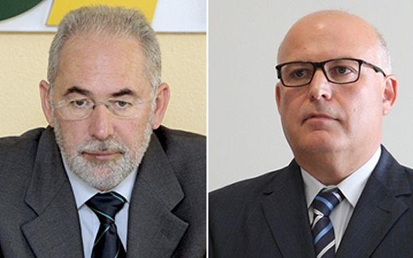 Francisco Miralles (izquierda), presidente del sindicato médico de Murcia y Francisco Angulló (derecha), gerente del Servicio Murciano de Salud.