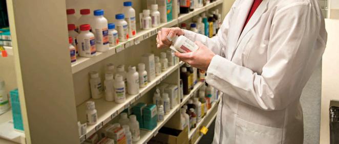 Los datos aportados por el Ministerio de Sanidad revelan que existe una tasa de 1,2 farmacéuticos por cada 1.000 habitantes