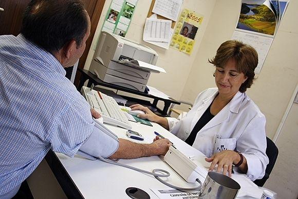 """Los médicos baleares denuncian """"incidencias"""" en los centros de salud"""