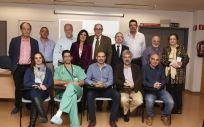 Miembros de la Junta Directiva de SAMIUC junto a jefes de distintas UCI de Andalucía.