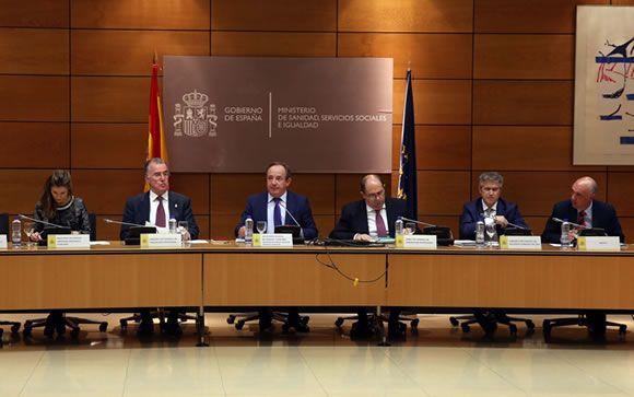 El Ministerio de Sanidad y las autonomías crean un grupo de trabajo para abordar la precariedad