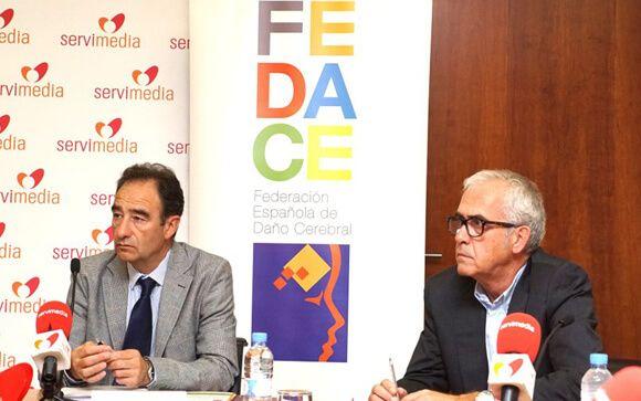 De izq. a drcha.: Luciano Fernández y Valeriano García, representantes de Fedace