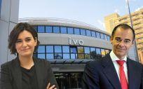 Carmen Montón, consejera de Sanidad de la Comunidad Valenciana, y Manuel Llombart, director general de la Fundación IVO.