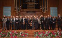 Imagen de familia del Concierto de Navidad de la Fundación ASISA