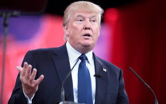 """Sin el """"Obamacare"""", ¿cuál es el proyecto sanitario de Trump?"""