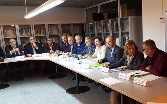 Murcia se compromete a devolver el restante de la paga for Mesa funcion publica