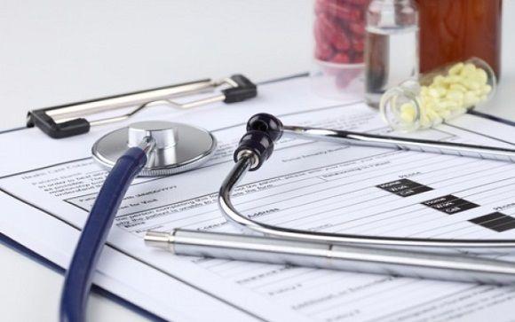 El 30% de los contratos que se firman en Sanidad duran menos de una semana
