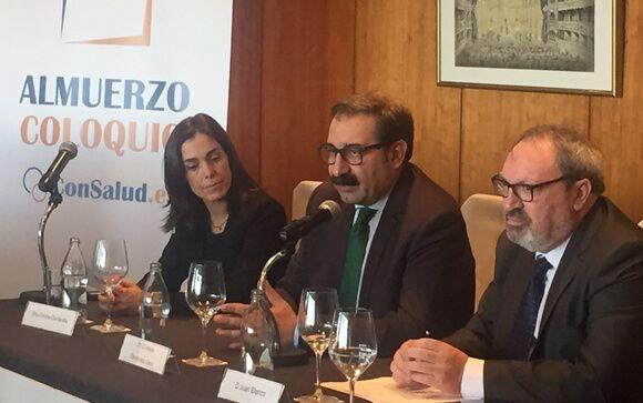 De izda. a dcha.: Concha Caudevilla, Jesús Fernández y Juan Blanco.