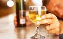 Casi el 40% de los pacientes con hepatitis alcohólica muere al primer año